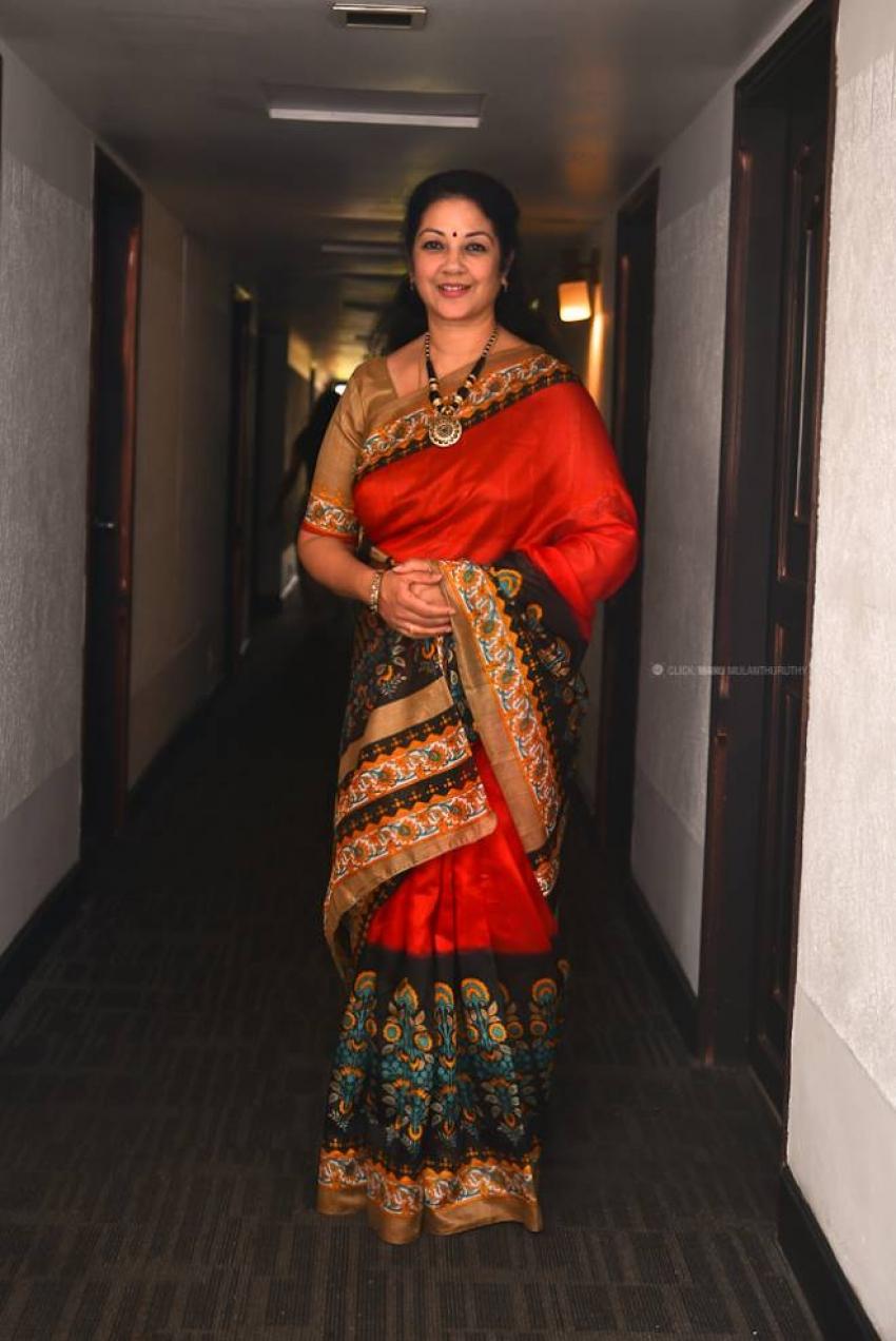 Shanthi Krishna Photos