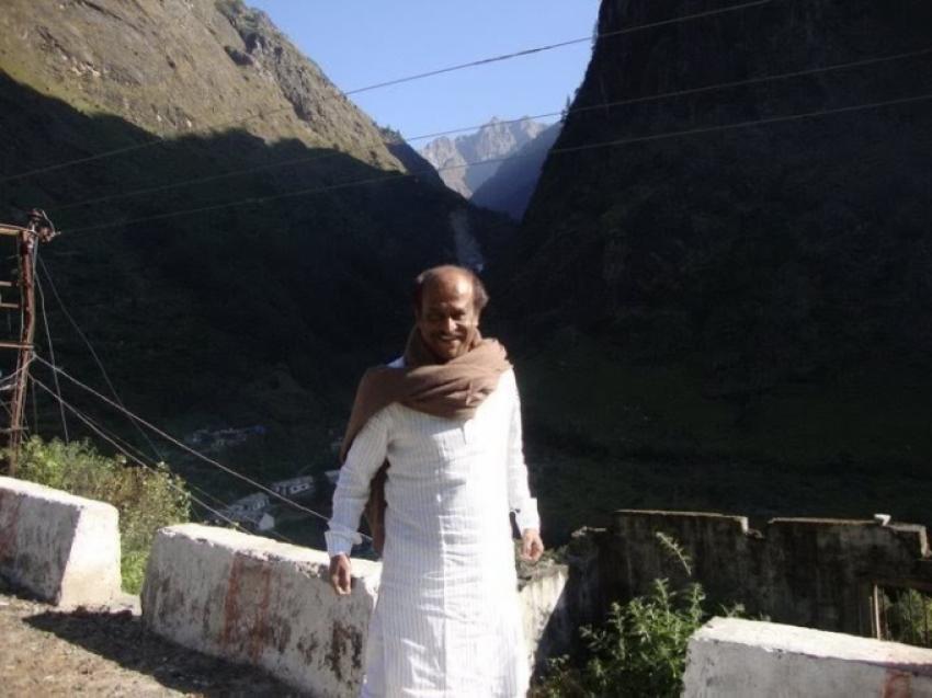 Thalaivar Rajinikanth Simplicity in Real Life Photos