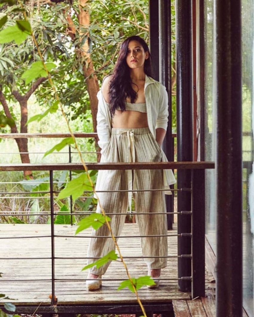 Tiger Shroff's Sister Krishna Vacation Pictures Photos