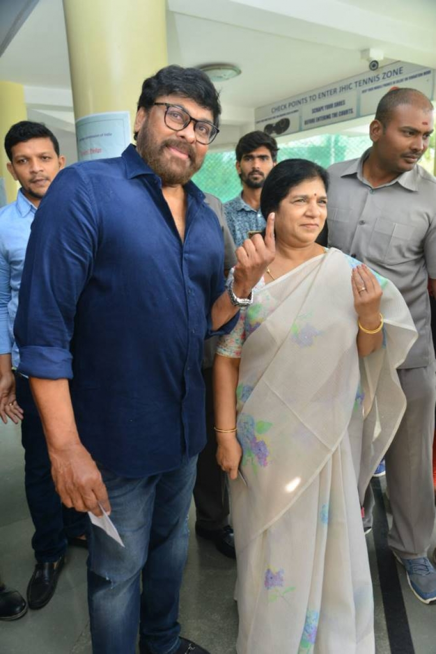 Tollywood Celebrities Cast Their Votes Telangana Assembly Elections 2018 Photos