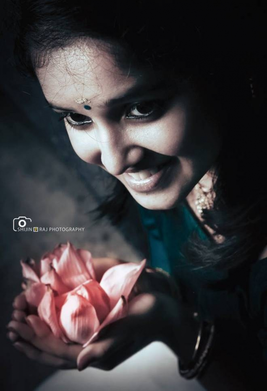 Anikha Family Unseen Photos