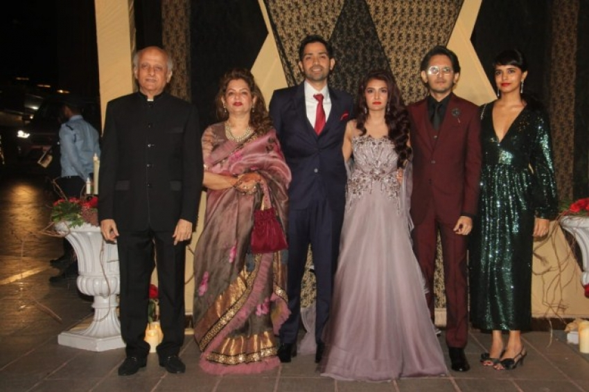 Celebs At Mukesh Bhatt's daughter Sakshi Bhatt's wedding reception Photos