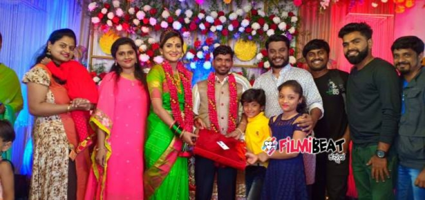 Comedy Khiladigalu Fame Govinde gowda And Divya Marriage Photos