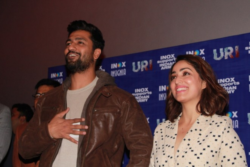 Yami Gautam And Vicky Kaushal At Meet And Greet Session With Families Of Army Personnels Photos