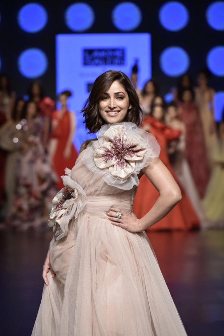 Yami Gautam Walks The Ramp For Gauri & Nainika At Lakme Fashion Week 2019 Photos