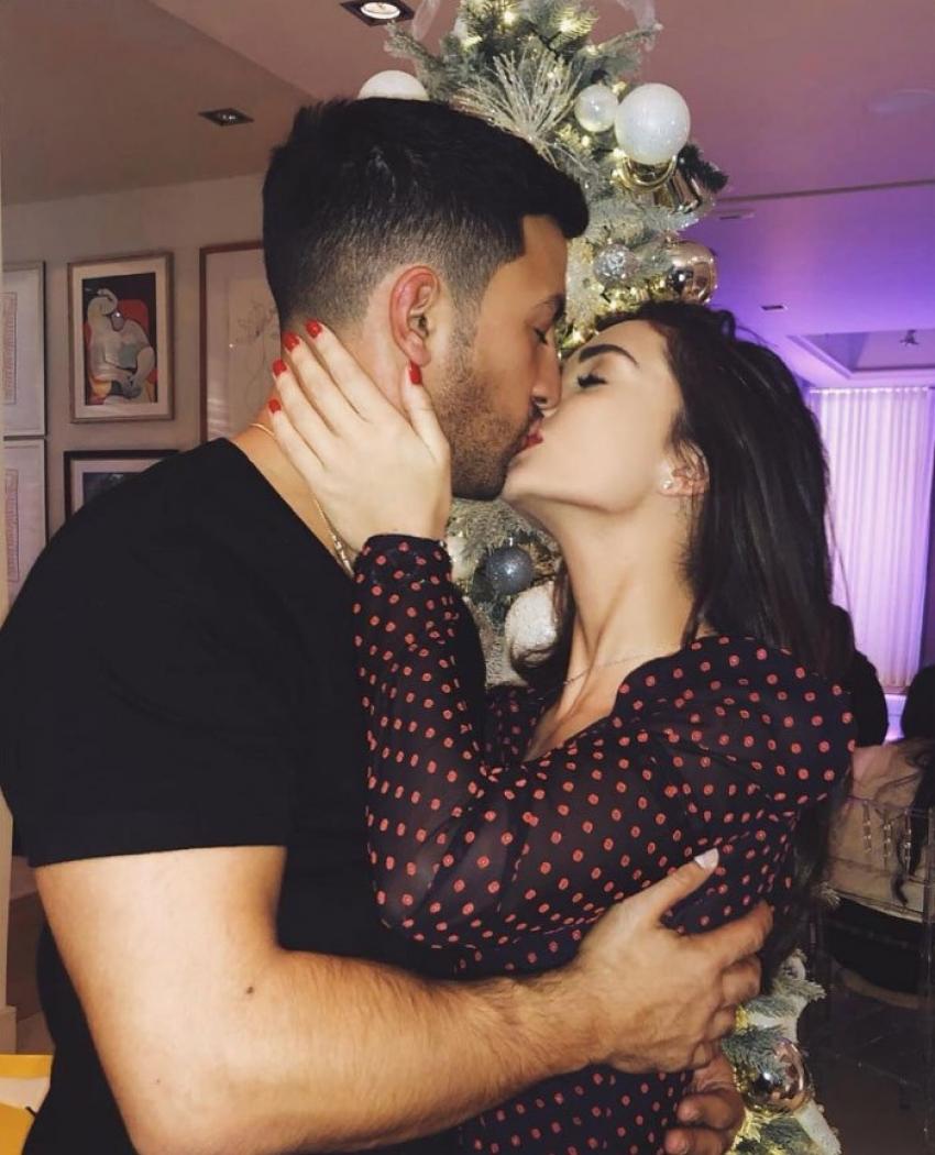 Amy Jackson Is Enaged To George Panayiotou Photos