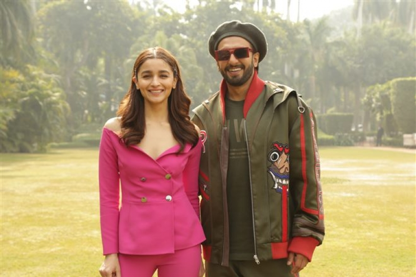 Alia Bhat & Ranveer Singh Photoshoot For Gully Boy Promotion Photos