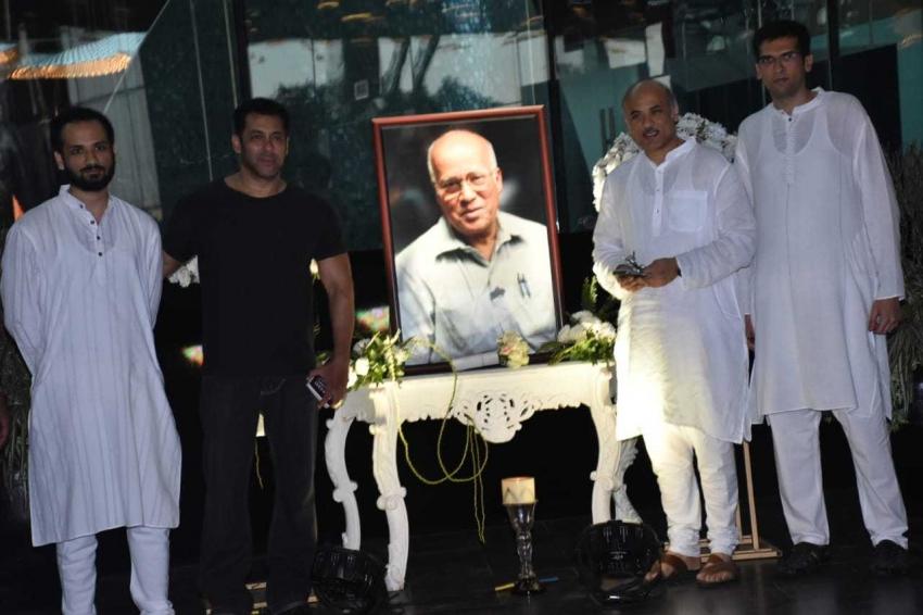 Bollywood Celebs At Rajkumar Barjatiya Prayer Meet Photos