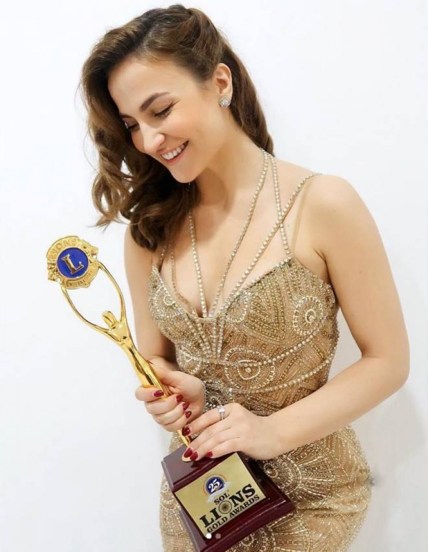 Cricketer Hardik Pandya Ex Girlfriend Was An Swedish Greek Actress Photos