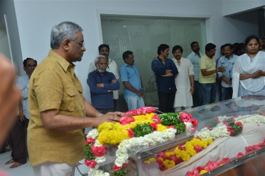 Funeral of Kodi Ramakrishna Photos