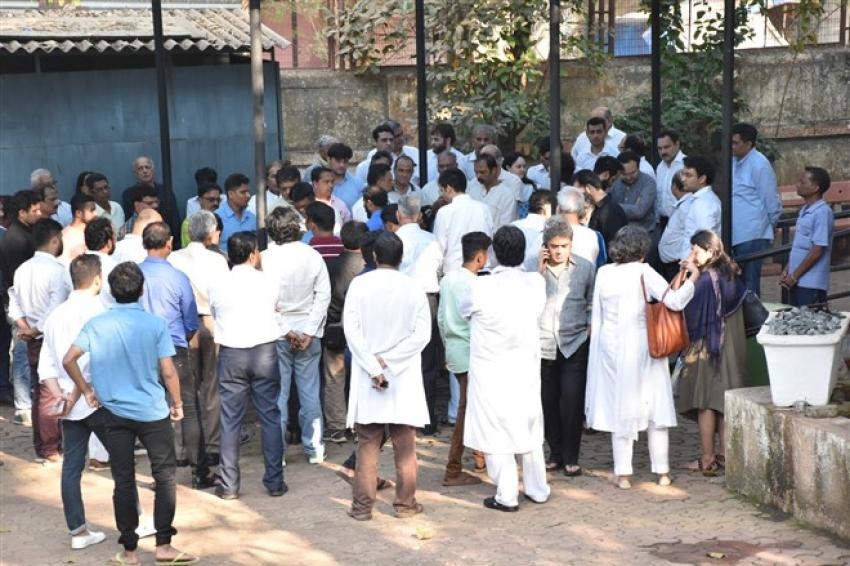 Funeral of Ramesh Barjatiya Photos