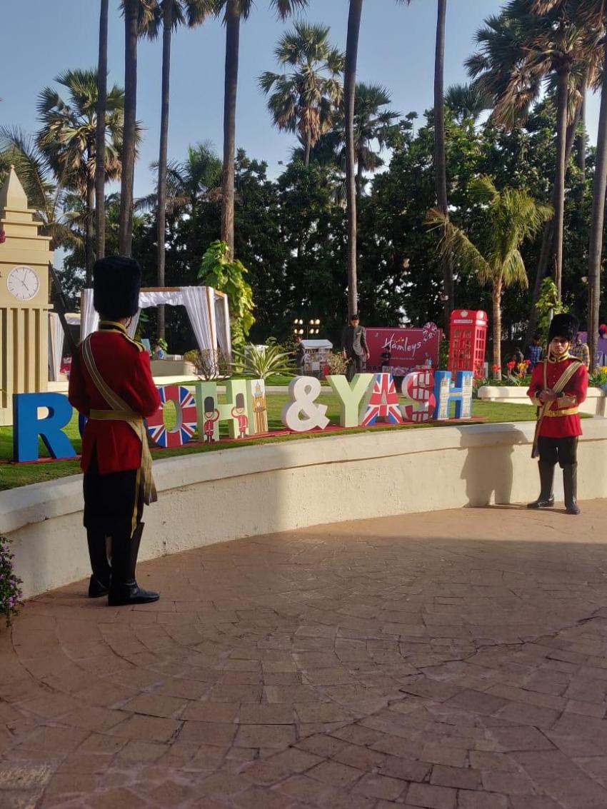 Karan Johar Twins Rohini And Yash Birthday Celebration Photos