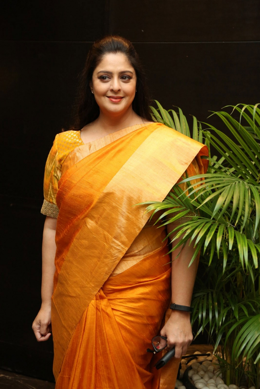 Nagma Photos [HD]: Latest Images, Pictures, Stills of ...
