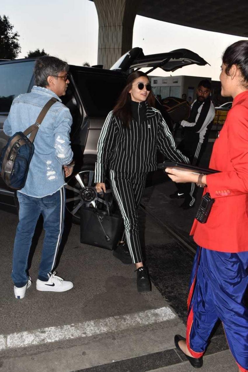 Ranveer Singh, Alia Bhatt & Zoya Akhtar Off To Delhi For Gully Boy Promotion Photos