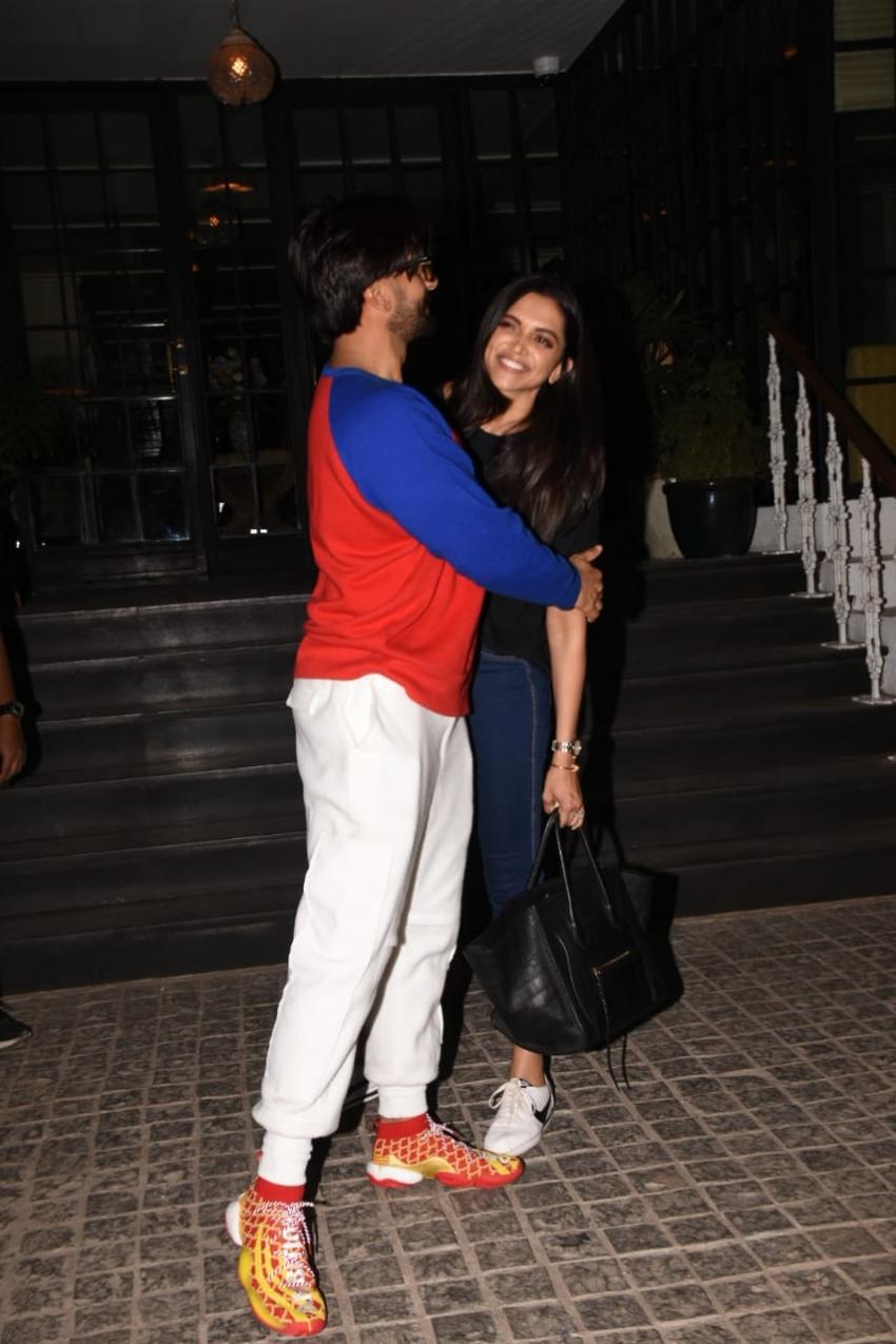 Ranveer Singh & Deepika Padukone spotted at Soho House in Juhu Photos