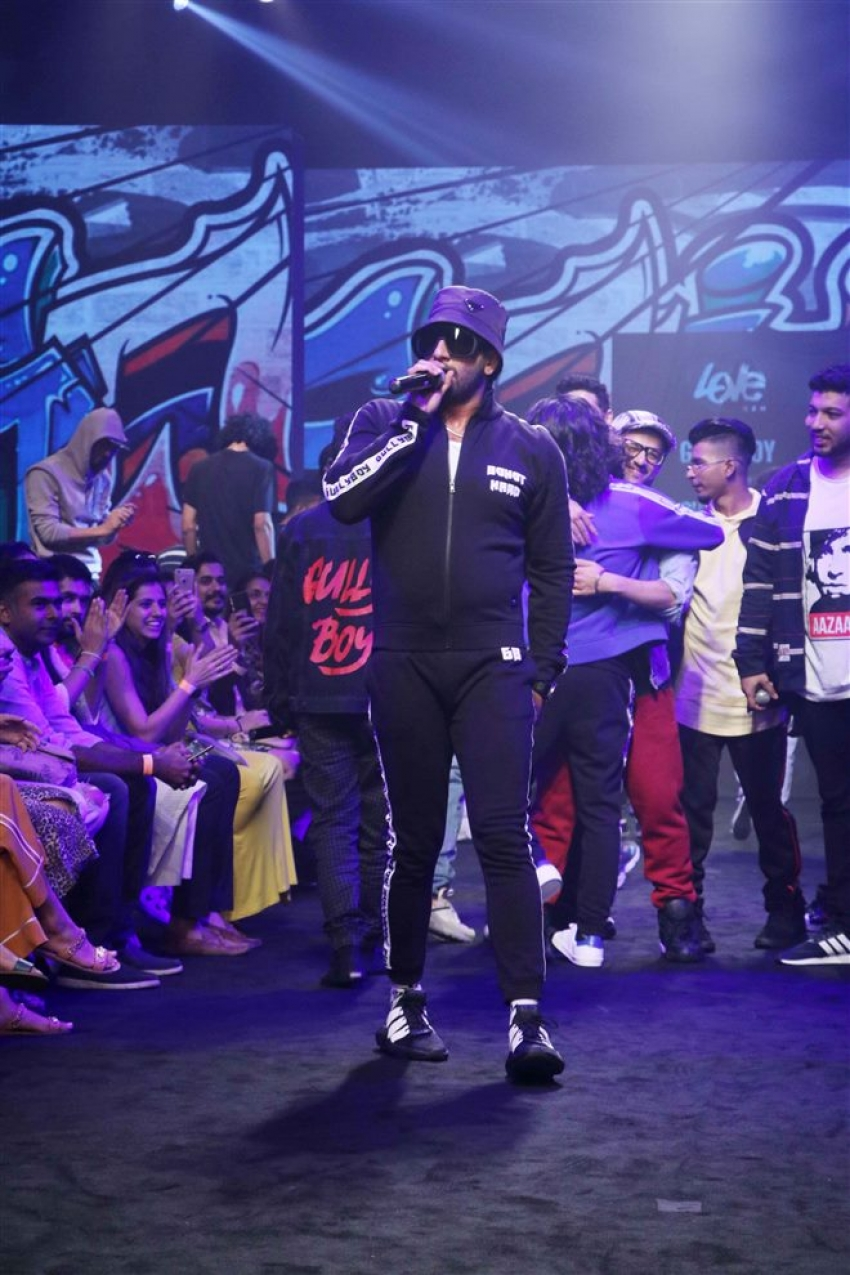 Ranveer Singh Walks The Ramp At Lakme Fashion Week 2019 Photos
