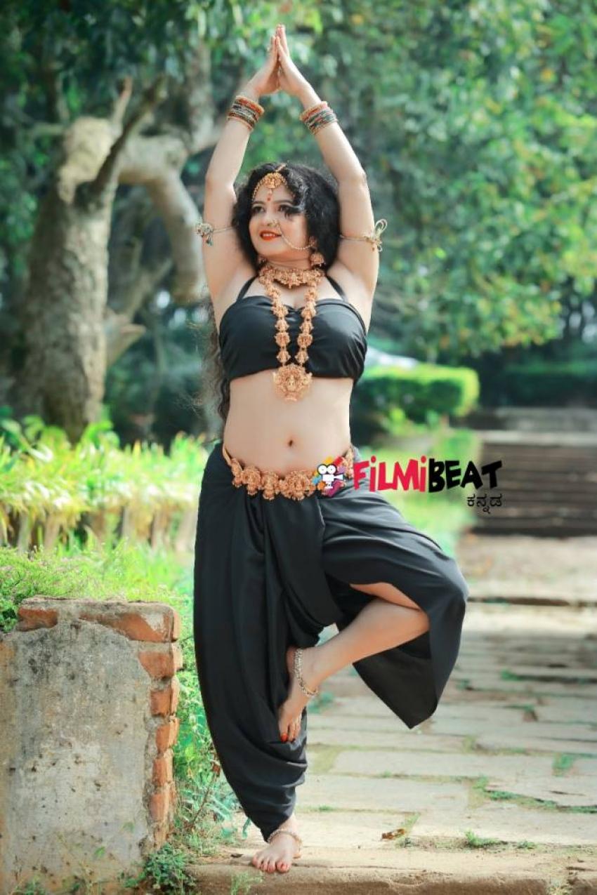 Shubha Poonja Special Valentine Day Photoshoot Photos