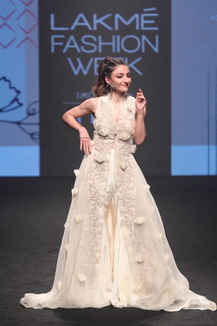 Soha Ali Khan Walks The Ramp At Lakme Fashion Week 2019 Photos