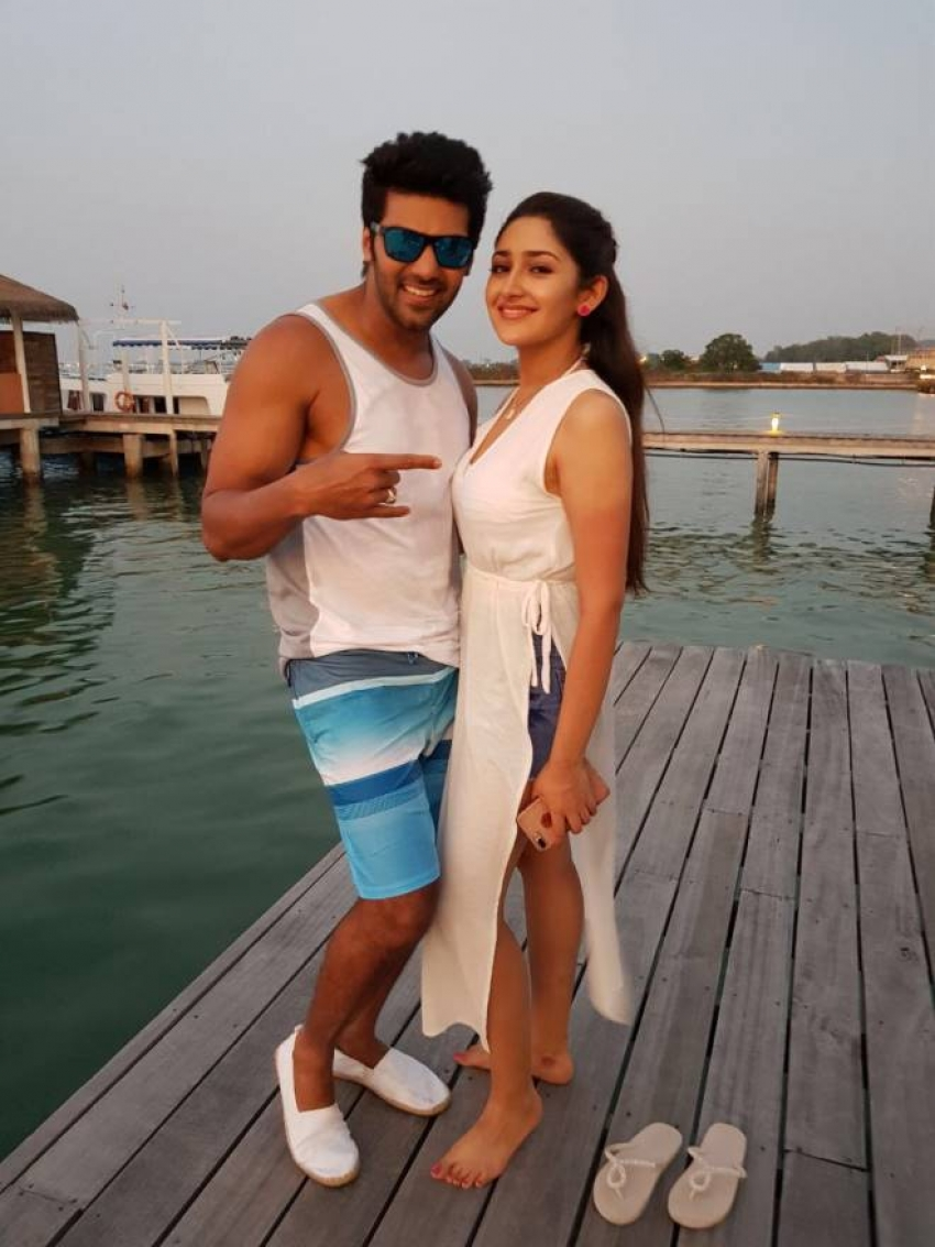 Tamil Actor Arya Going To Get Married To This Girl Photos