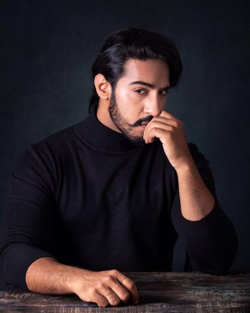 Thakur Anoop Singh Photos