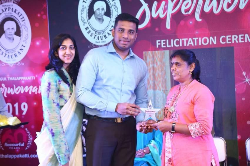 Actress Priya Anand Grabs Dindigul Thalappakatti Super Women 2019 Award Photos