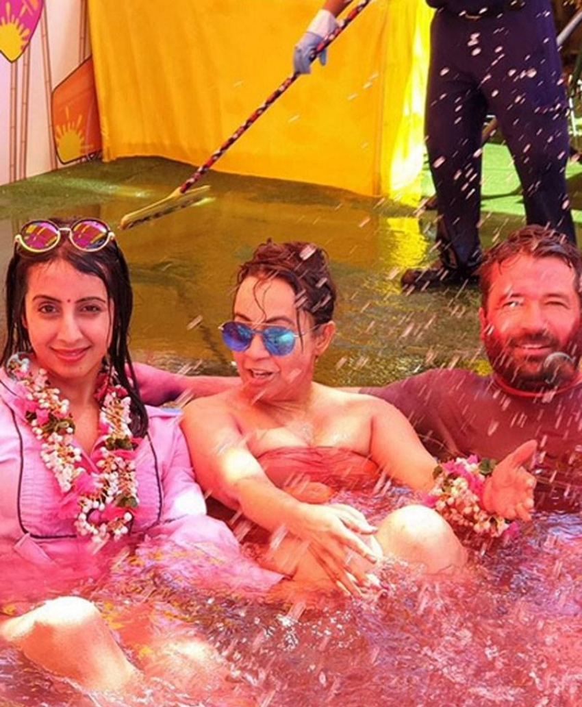 Crazy Holi Celebration Of Indian Celebs Photos