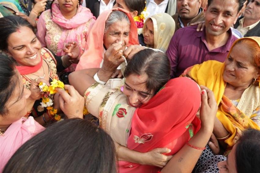 Oscar 2019 Winners Sneha And Suman Return To India Photos