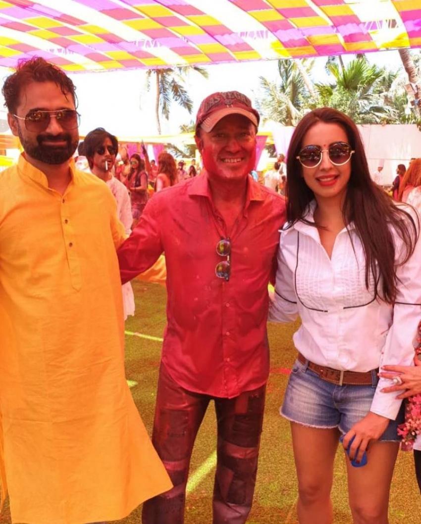 Sanjjanaa Galrani Holi Celebration Photos