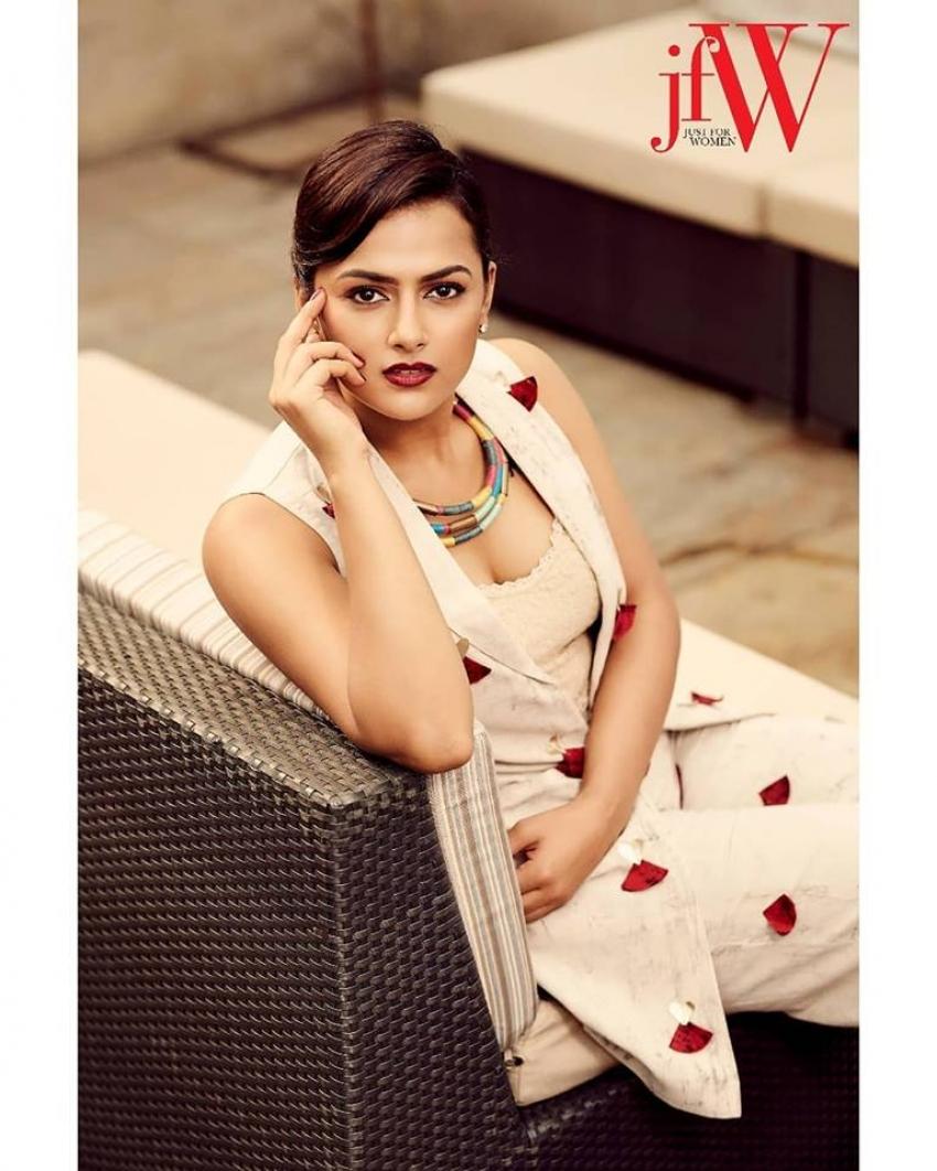 Shraddha Srinath Lead Actress Of Ajith Kumar's Movie Nerkonda Paaravai Photos