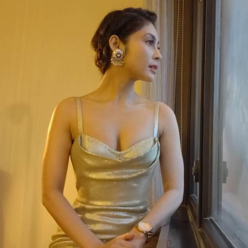 Sunanda Wong Photos