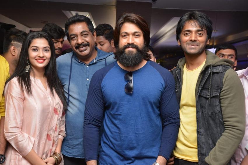 Yash Launch Yogaraj Bhatt's Panchatantra Movie Trailer Photos