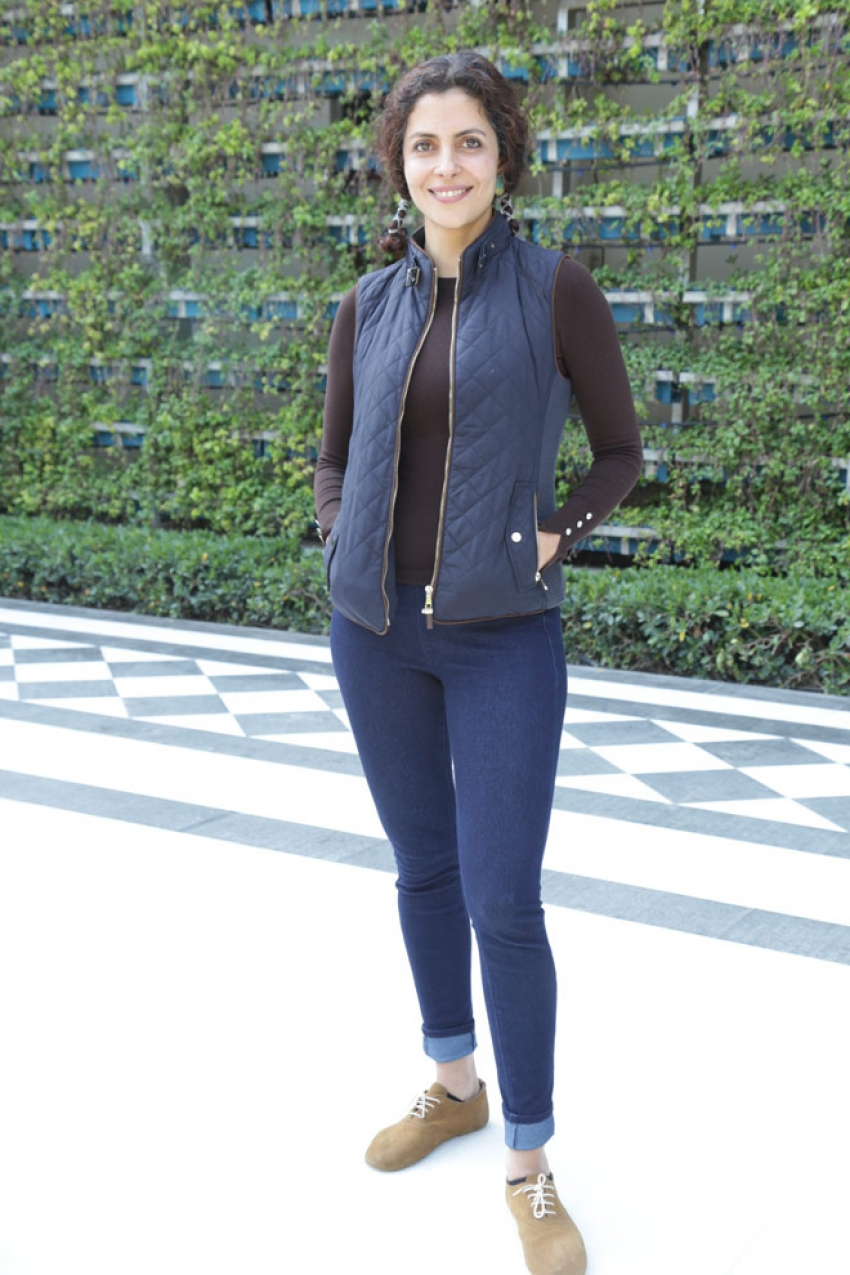 Zoya Akhtar And Team 'Made In Heaven' At A Photoshoot Photos