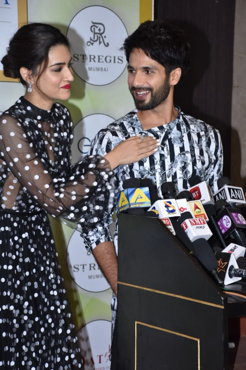 Bollywood Celebs At Geospa Awards 2018 Photos