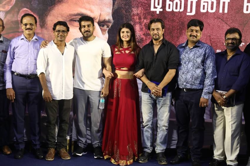 Kolaigaran Movie Trailer Launch and Press Meet Photos