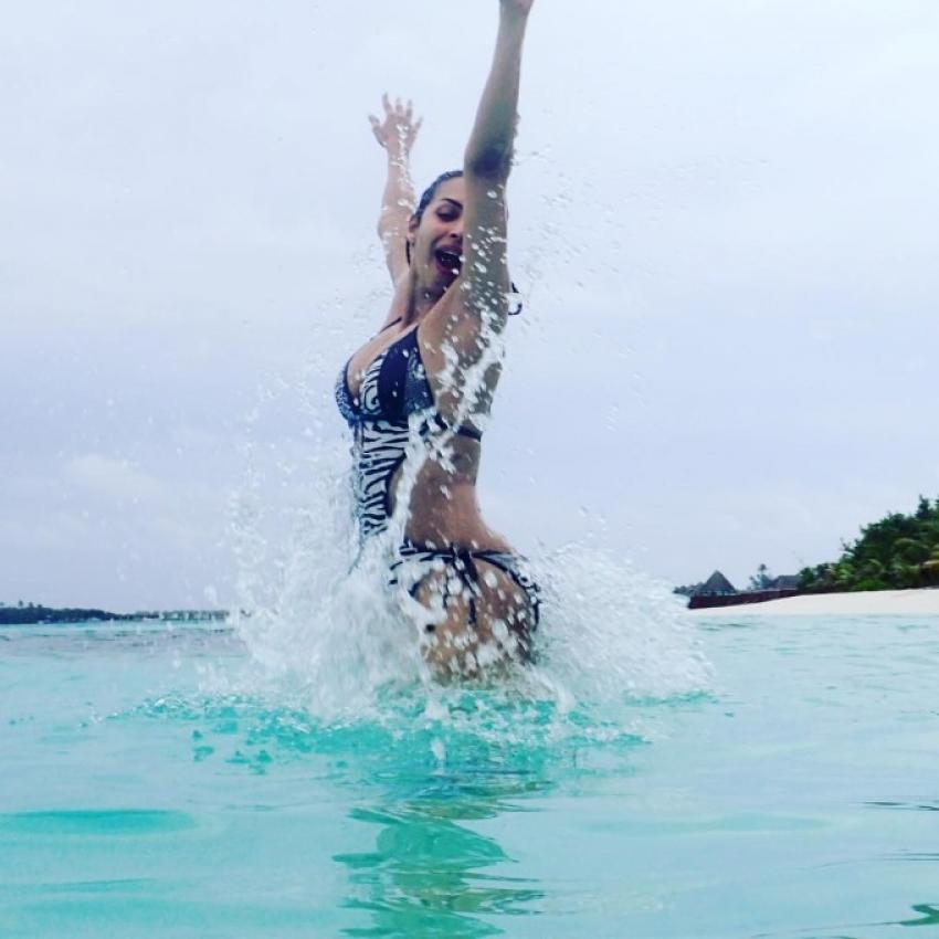 Malaika Arora Enjoys Her bachelorette party in Maldives Photos