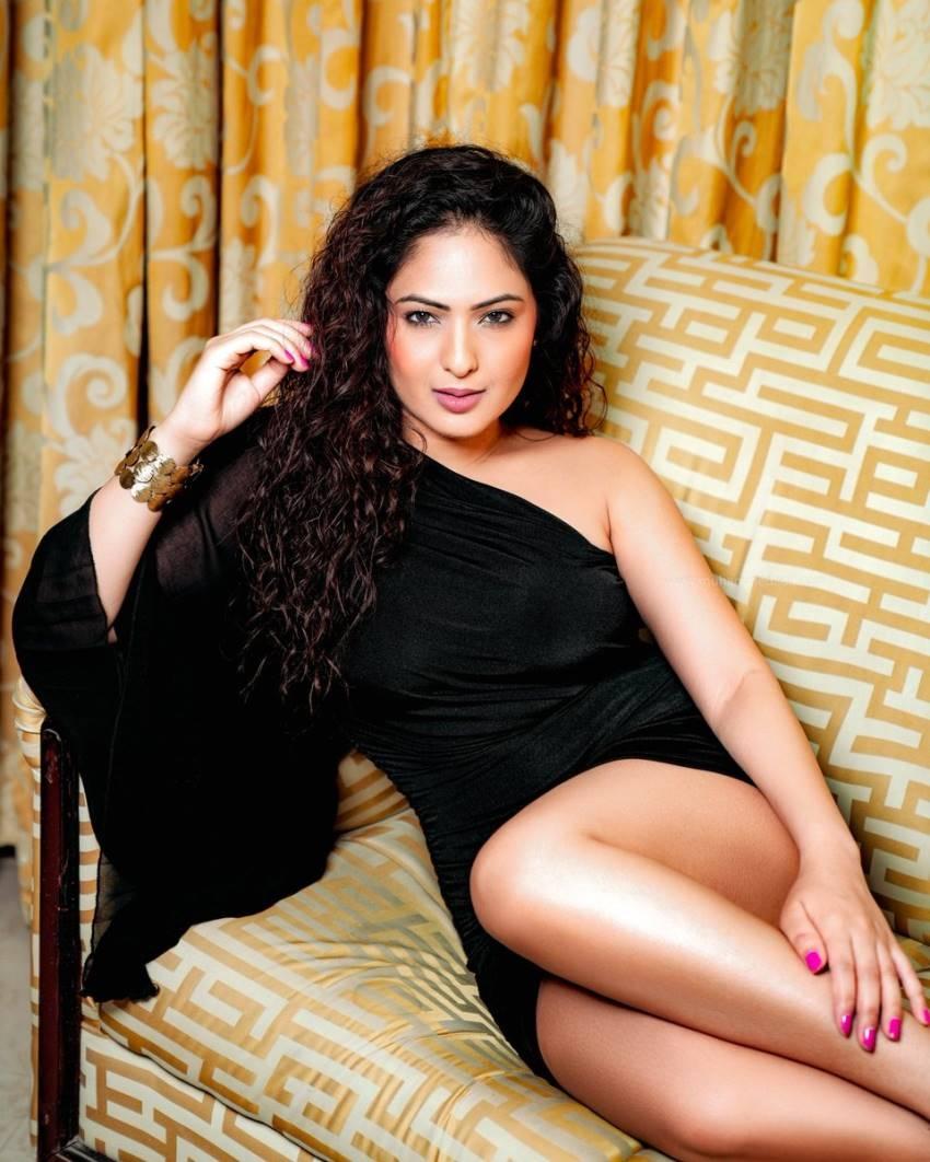 Nikesha Patel Photos