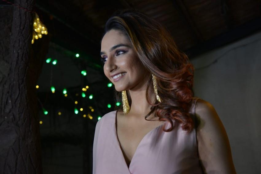 Ragini Dwivedi Completes 10 Years in Kannada Cinema Industry Celebration Photos