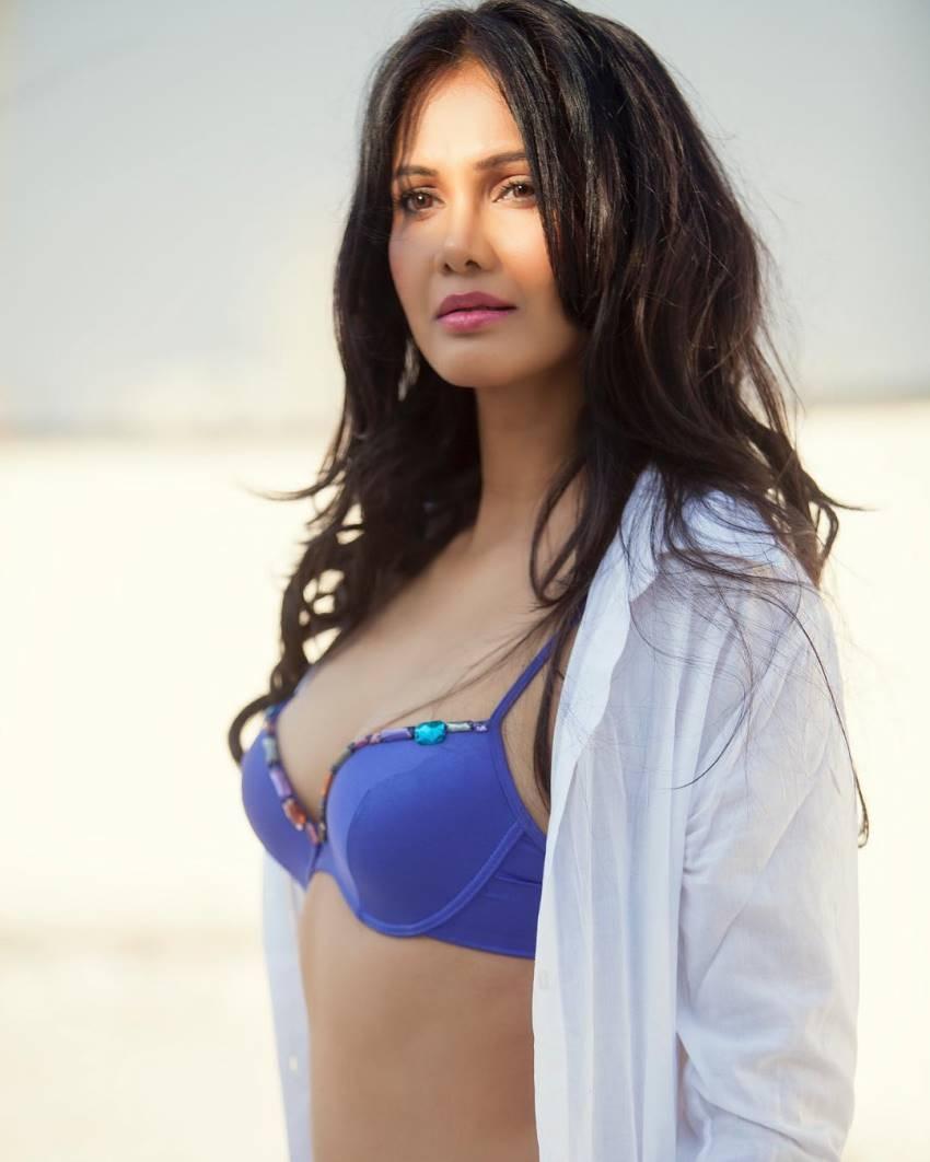 Rupali Suri Photos