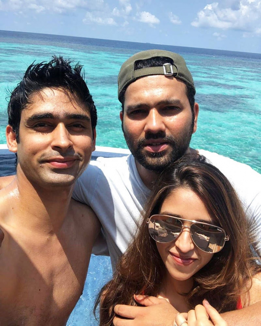 Indian Cricketers And Their Lovely Ladies Photos