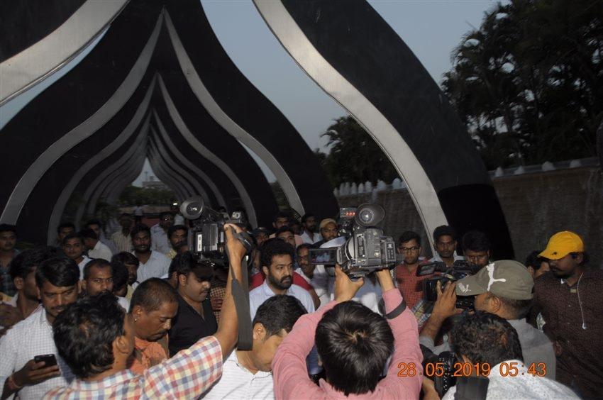 Jr. NTR Visit NTR Ghat Photos For Birth Anniversary Photos