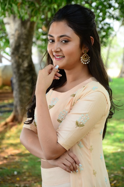 Megha Chowdhary Photos