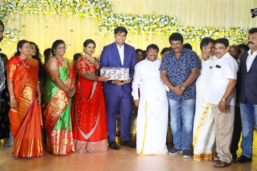 Salem RR Biriyani MD Tamil Selvan's Daughter Reception Photos