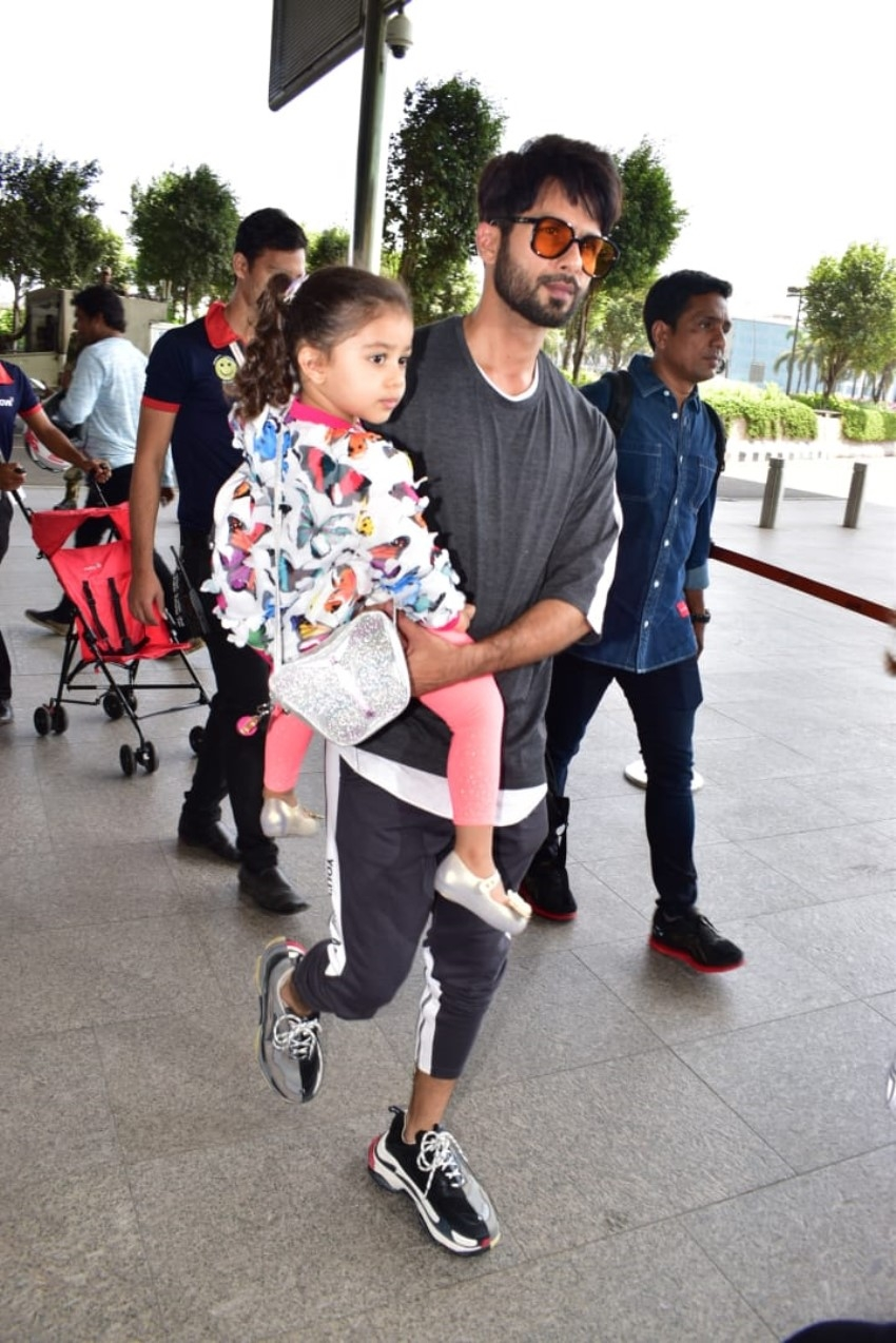 Shahid Kapoor, Mira Rajput leave for Singapore with kids for unveiling of actor's Madame Tussauds statue Photos