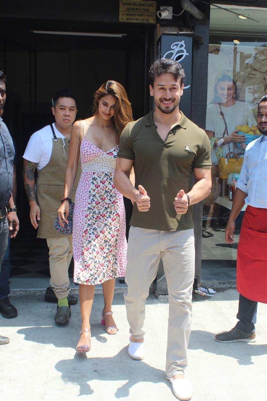 Tiger Shroff & Disha Patani Snapped at Bastian Photos
