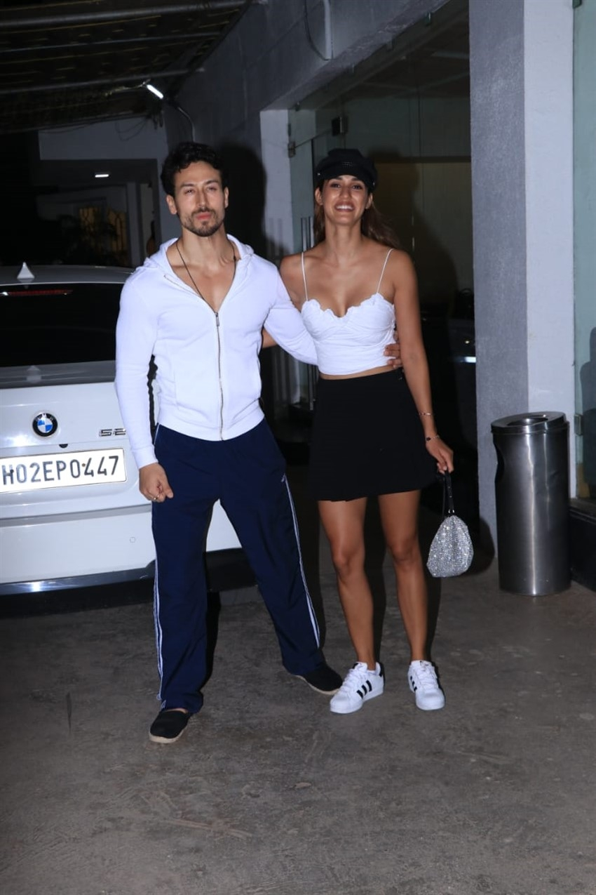 Tiger Shroff hosts a special screening of 'SOTY2' for Disha Patani Photos