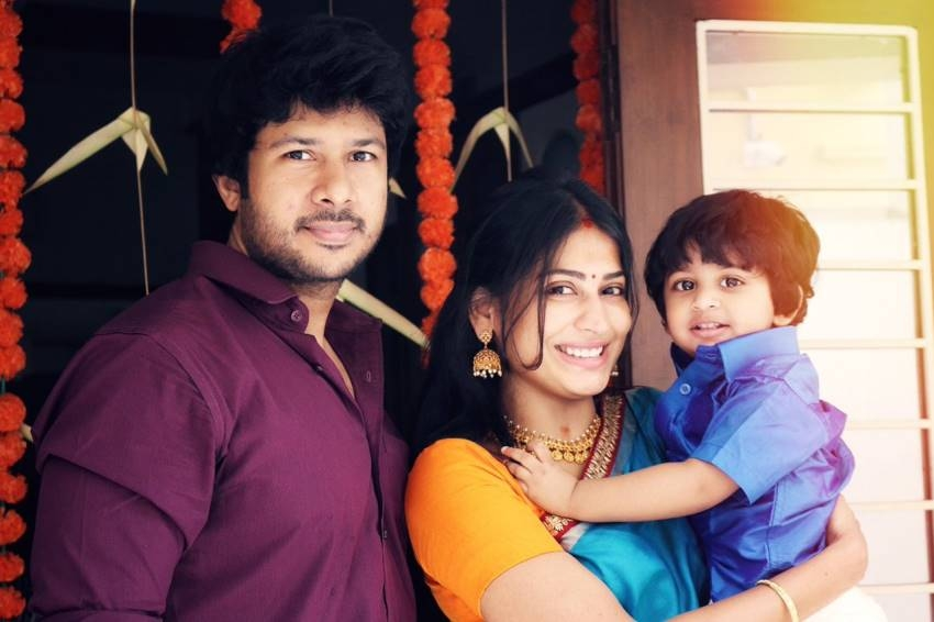 Actor Vijayalakshmi Family Unseen Photos