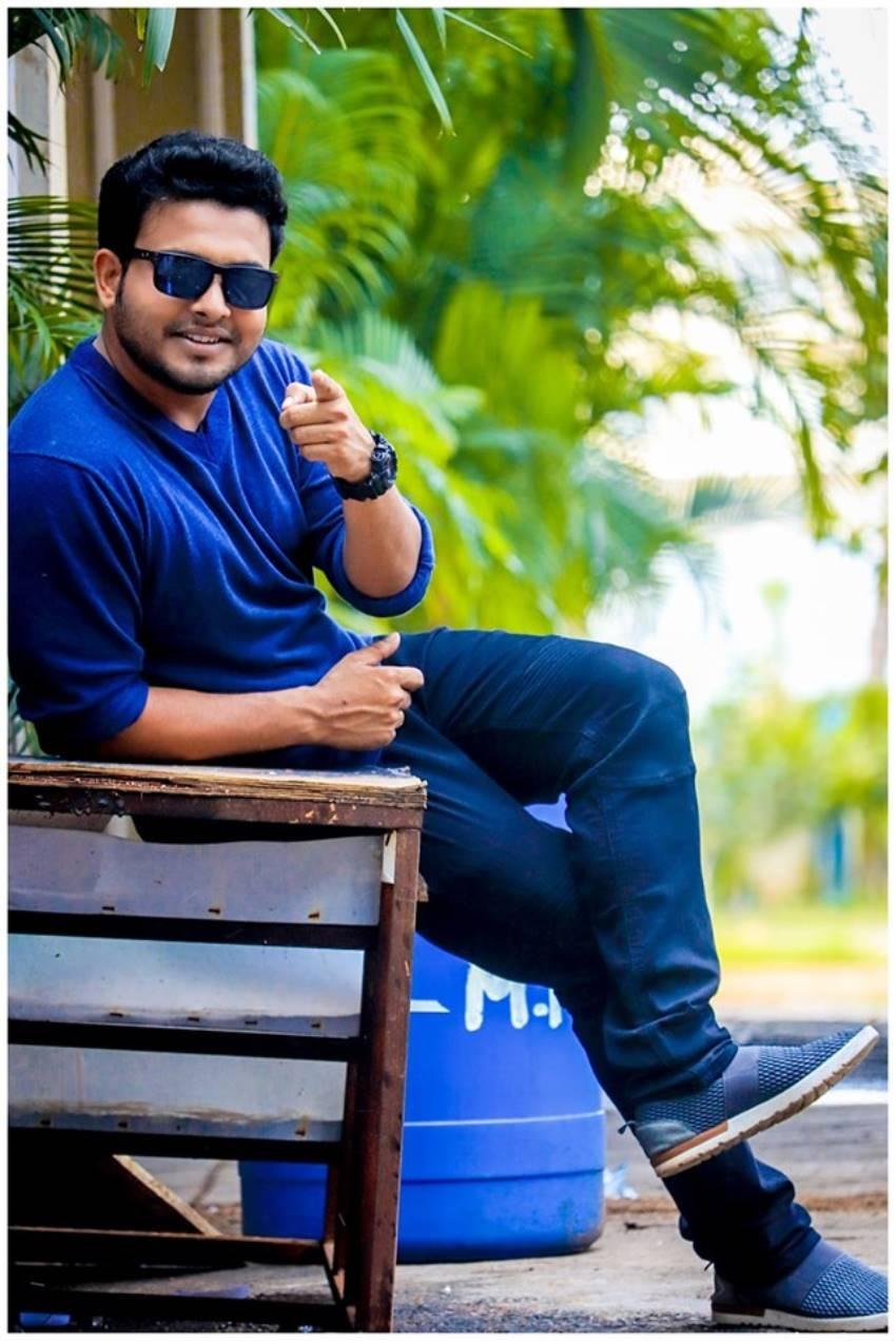 Getup Srinu Unseen Photos
