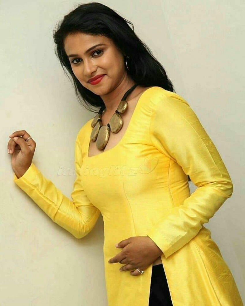 Kavitha Gowda Photos