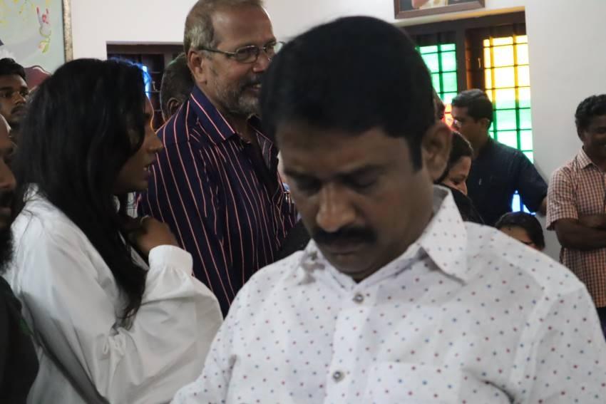 Kshanam Movie Pooja Photos