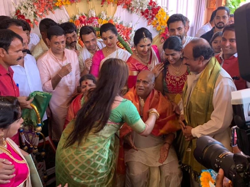 Sri Murali Father Chinnegowda 50th Wedding Anniversary Celebration Photos